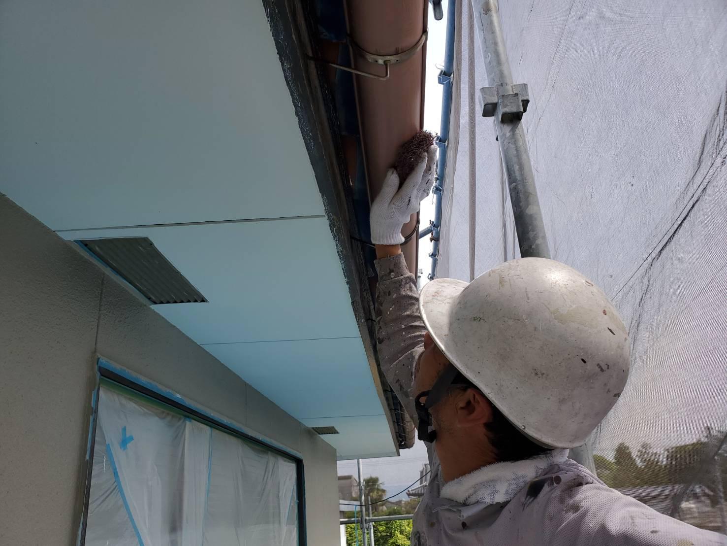 外壁塗装 佐賀 雨樋 下地処理