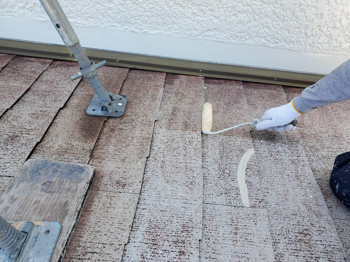 外壁塗装 佐賀 スレート屋根 コロニアル屋根 下塗り