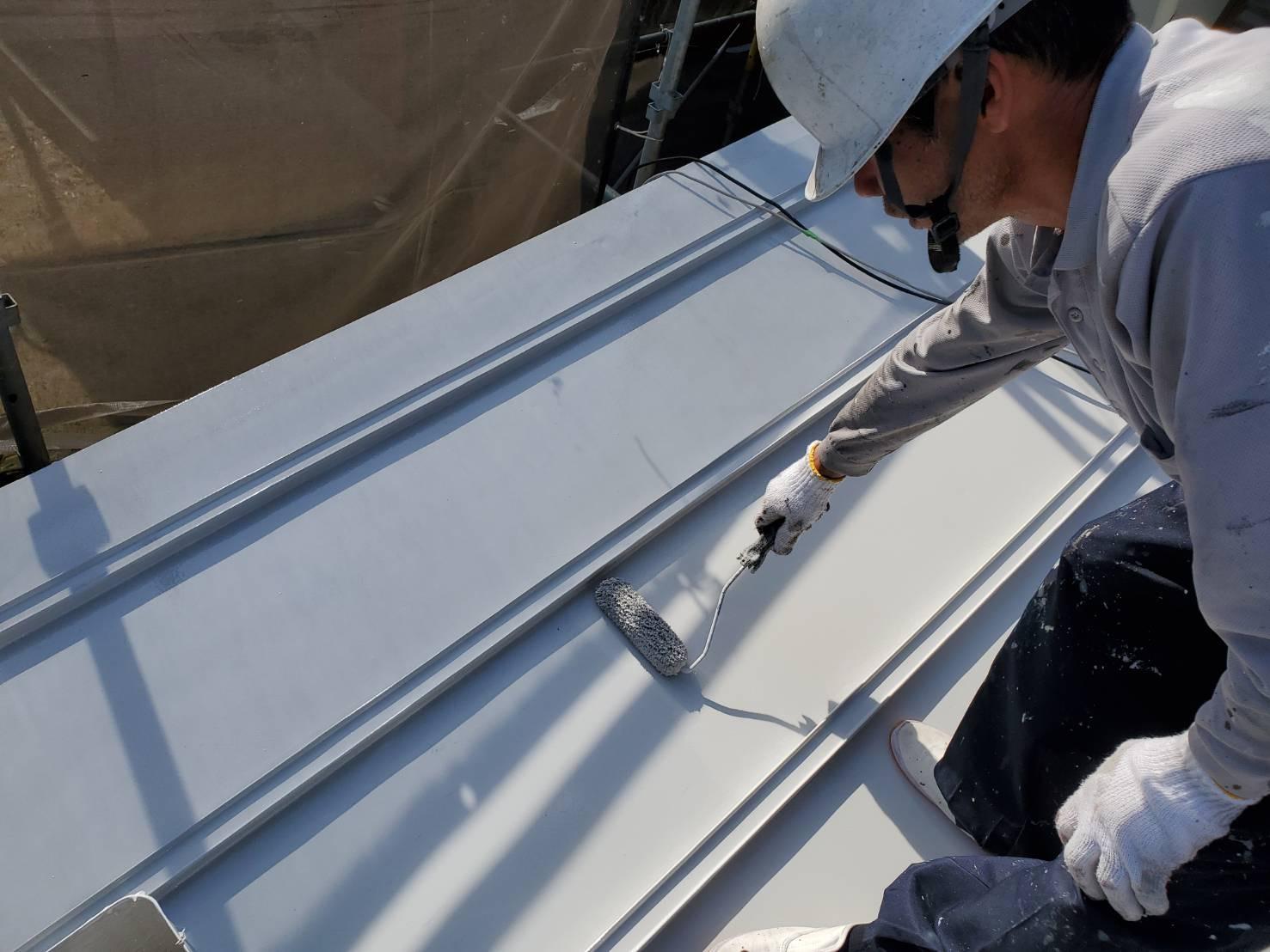 外壁塗装 佐賀 屋根 トタン屋根 塗装 下塗り