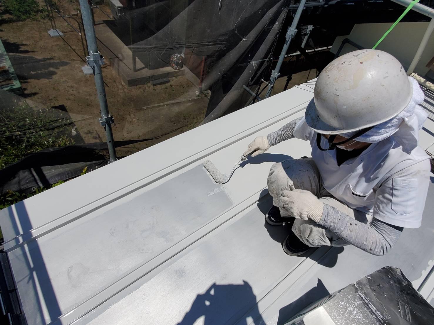 外壁塗装 佐賀 屋根 トタン屋根 塗装 上塗り