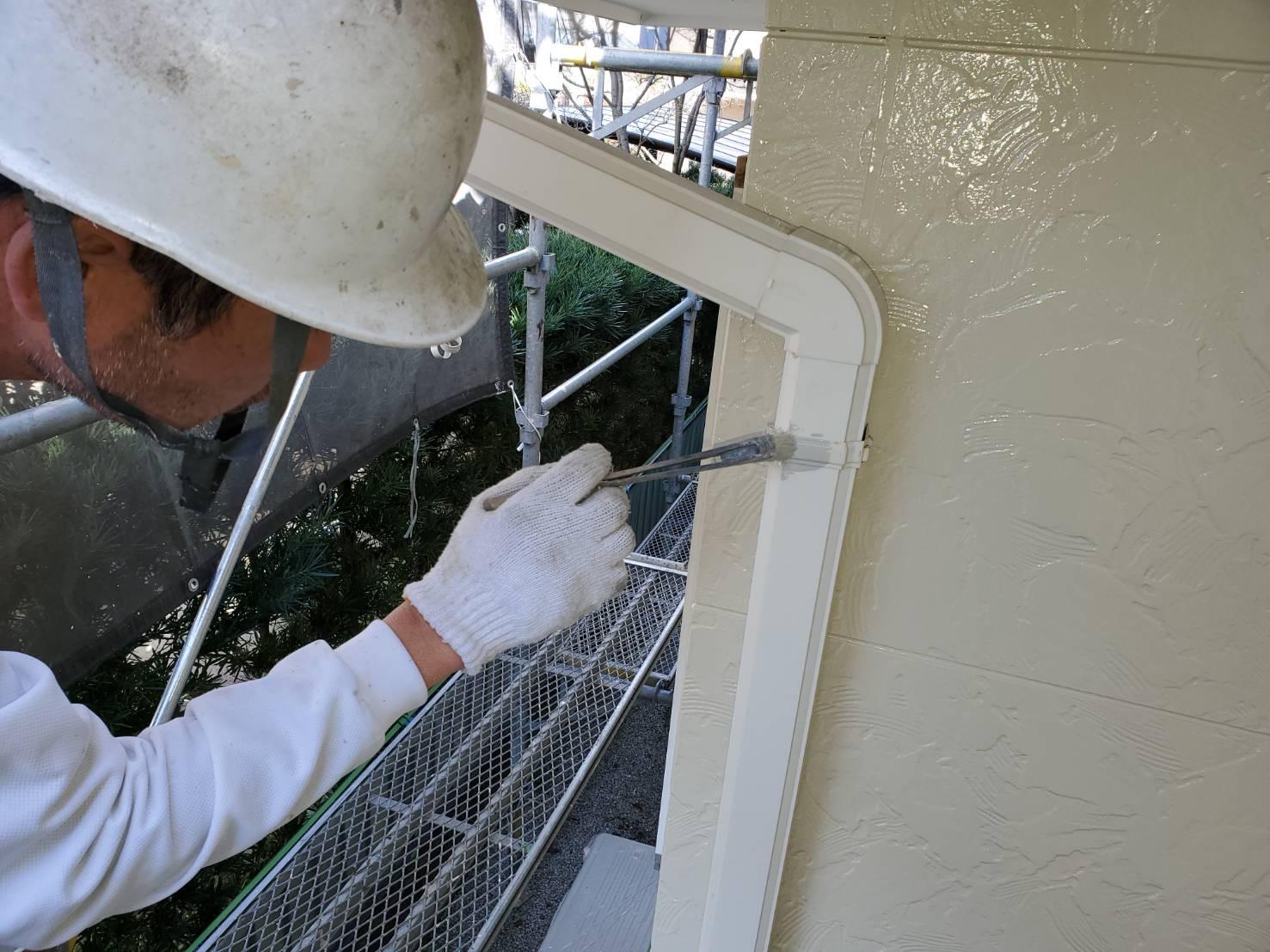 外壁塗装 佐賀 付帯部 雨樋 金具 塗装 サビ止め塗装