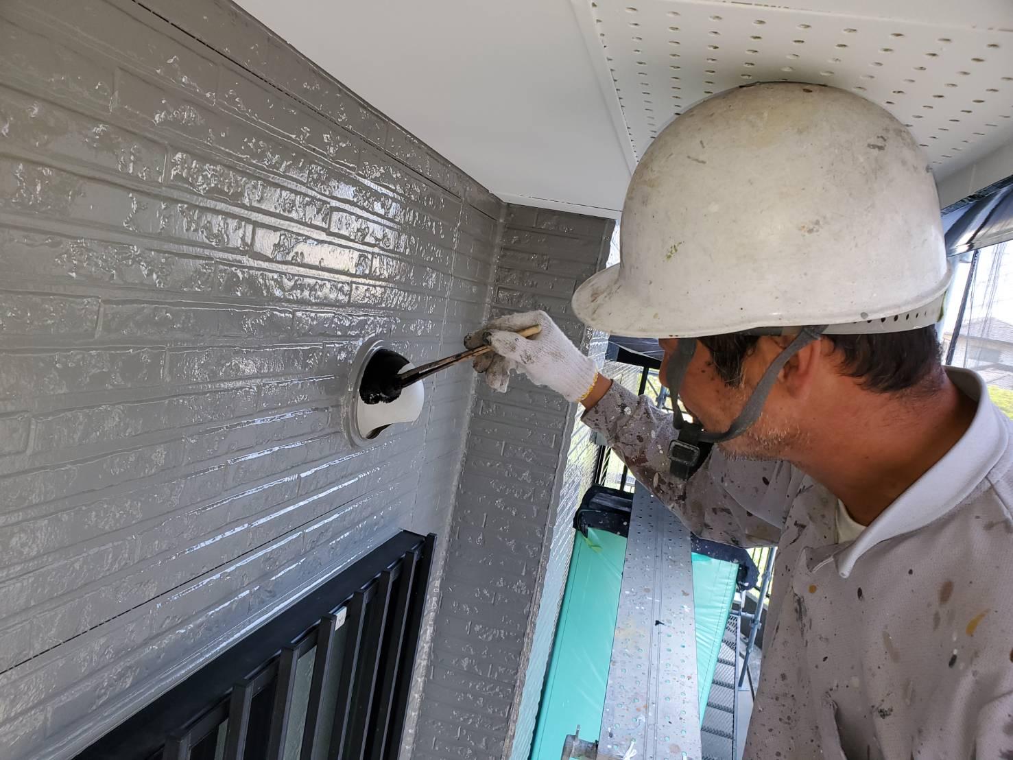 外壁塗装 佐賀 外壁 板金部 塗装 上塗り