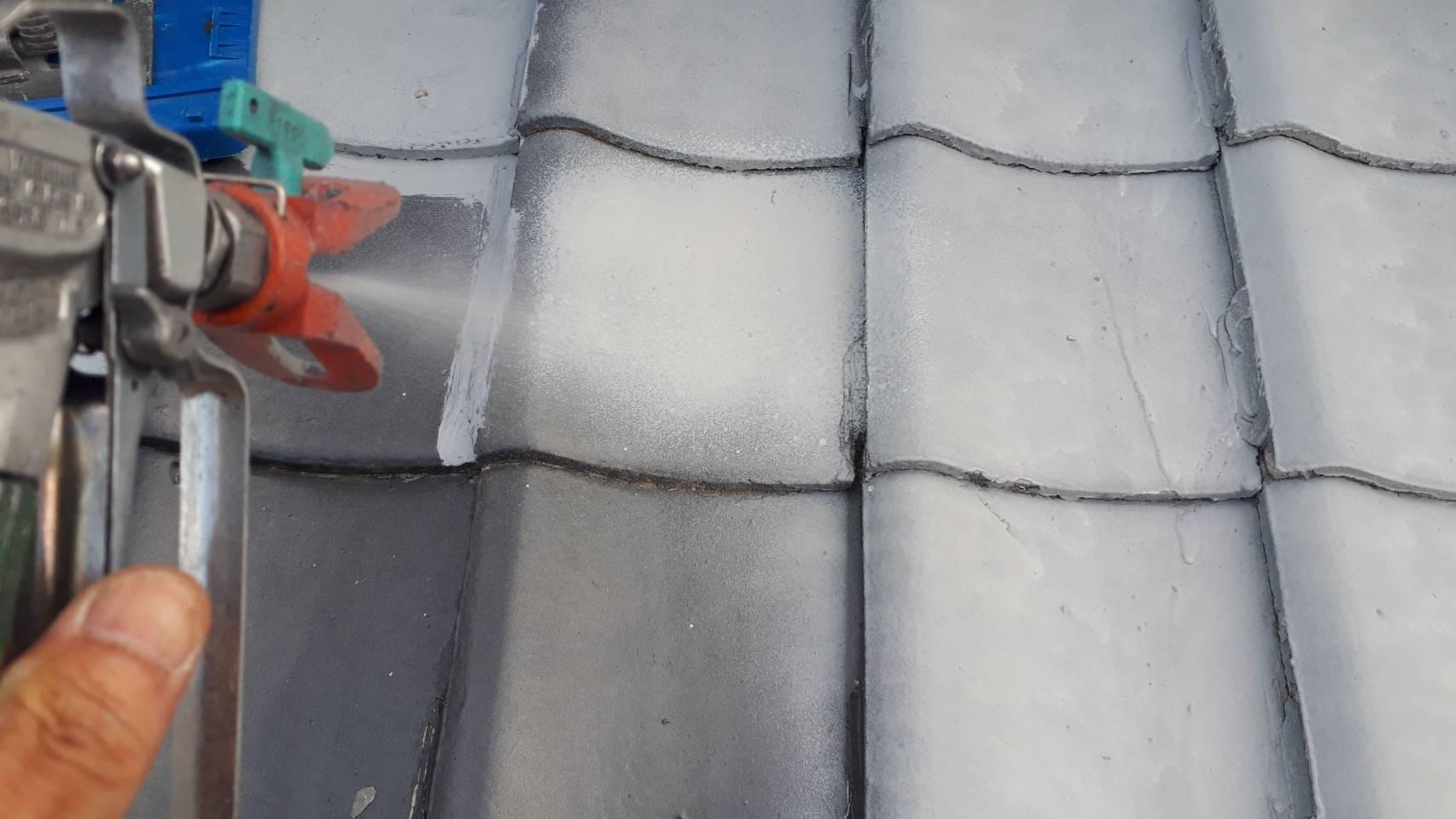 外壁塗装 佐賀 瓦屋根 下塗り