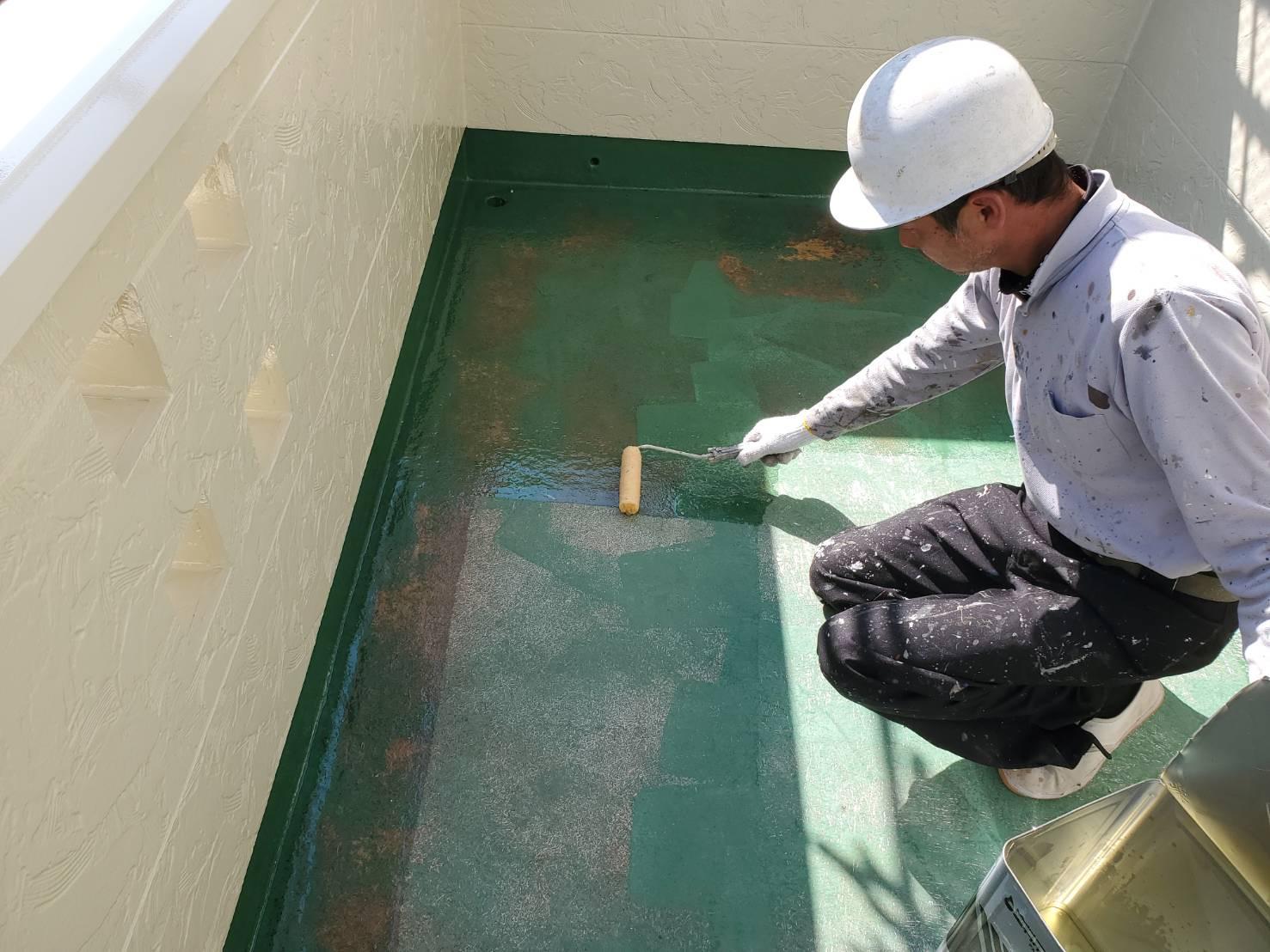 外壁塗装 佐賀 ベランダ 塗装 防水 下塗り