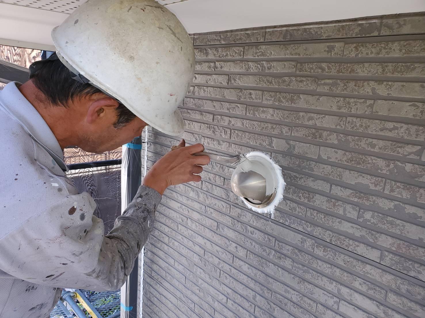 外壁塗装 佐賀 外壁 板金部 塗装 下塗り