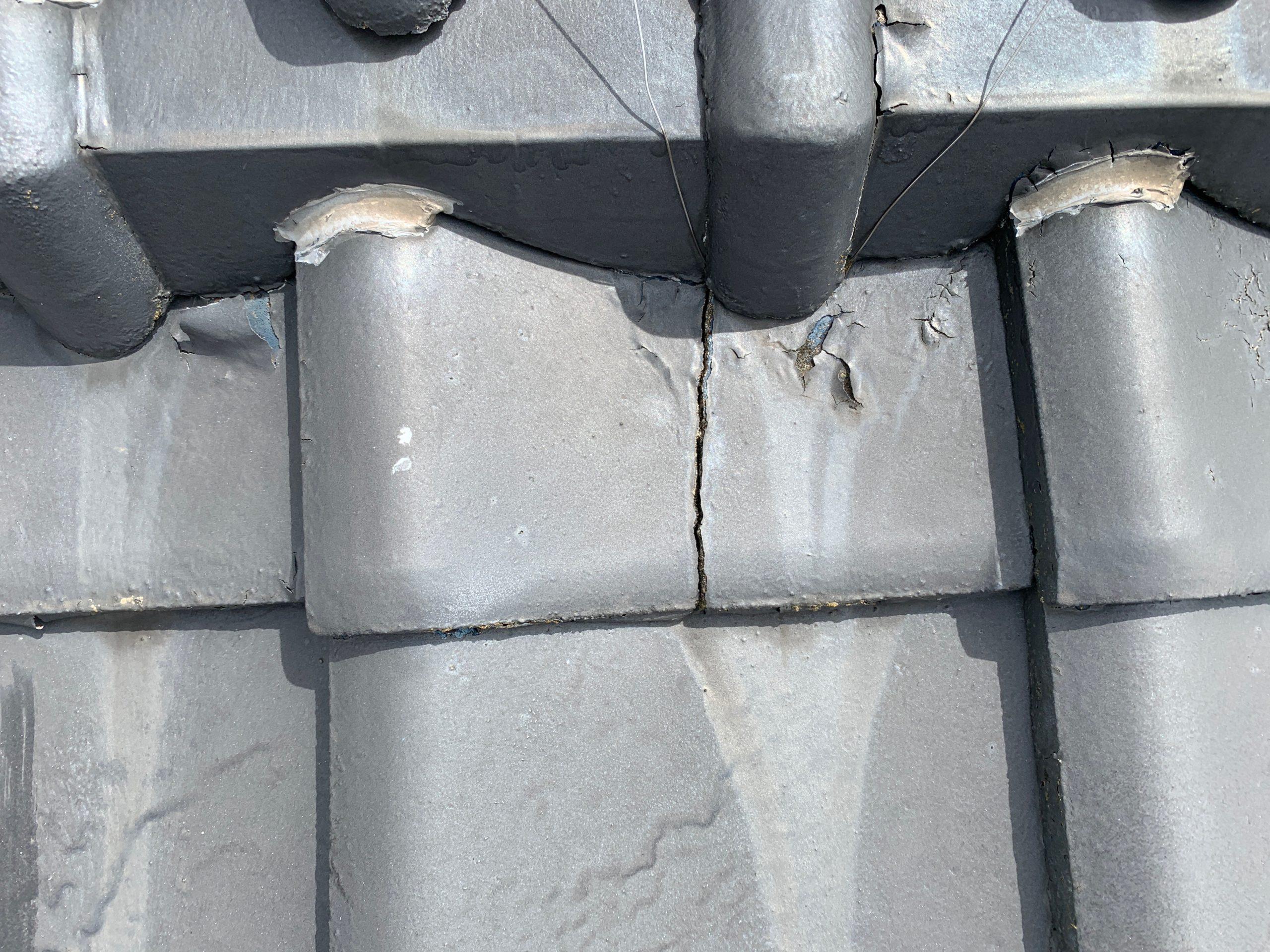 外壁塗装 佐賀 屋根 瓦屋根 台風 ひび割れ 補修