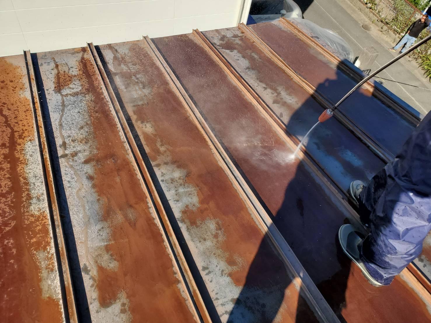 外壁塗装 佐賀 トタン屋根 高圧洗浄