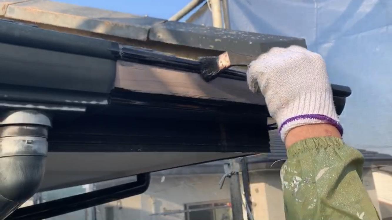 外壁塗装 佐賀 付帯部 雨樋 塗装 上塗り