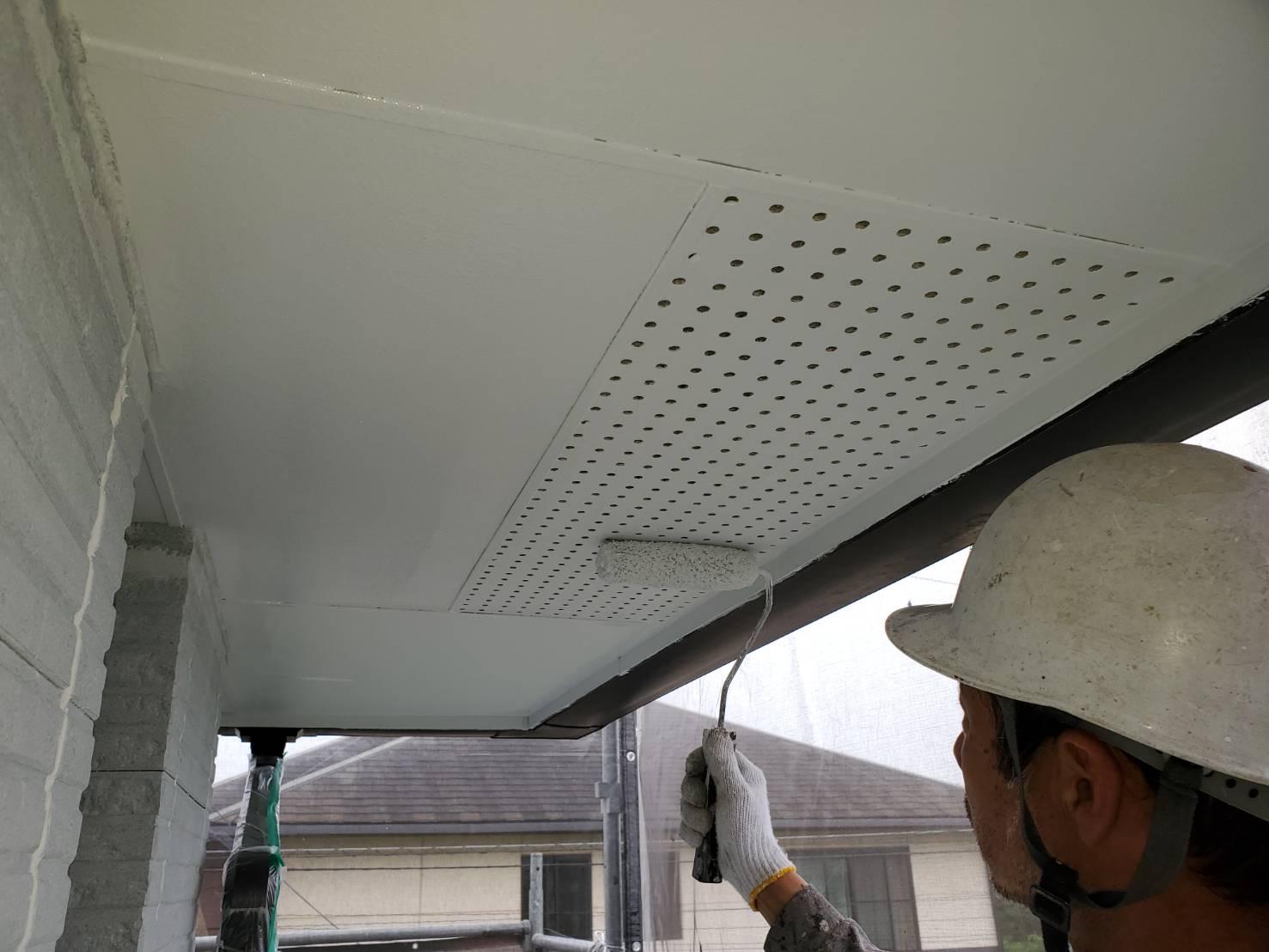 外壁塗装 佐賀 付帯部 軒下天井 塗装 上塗り