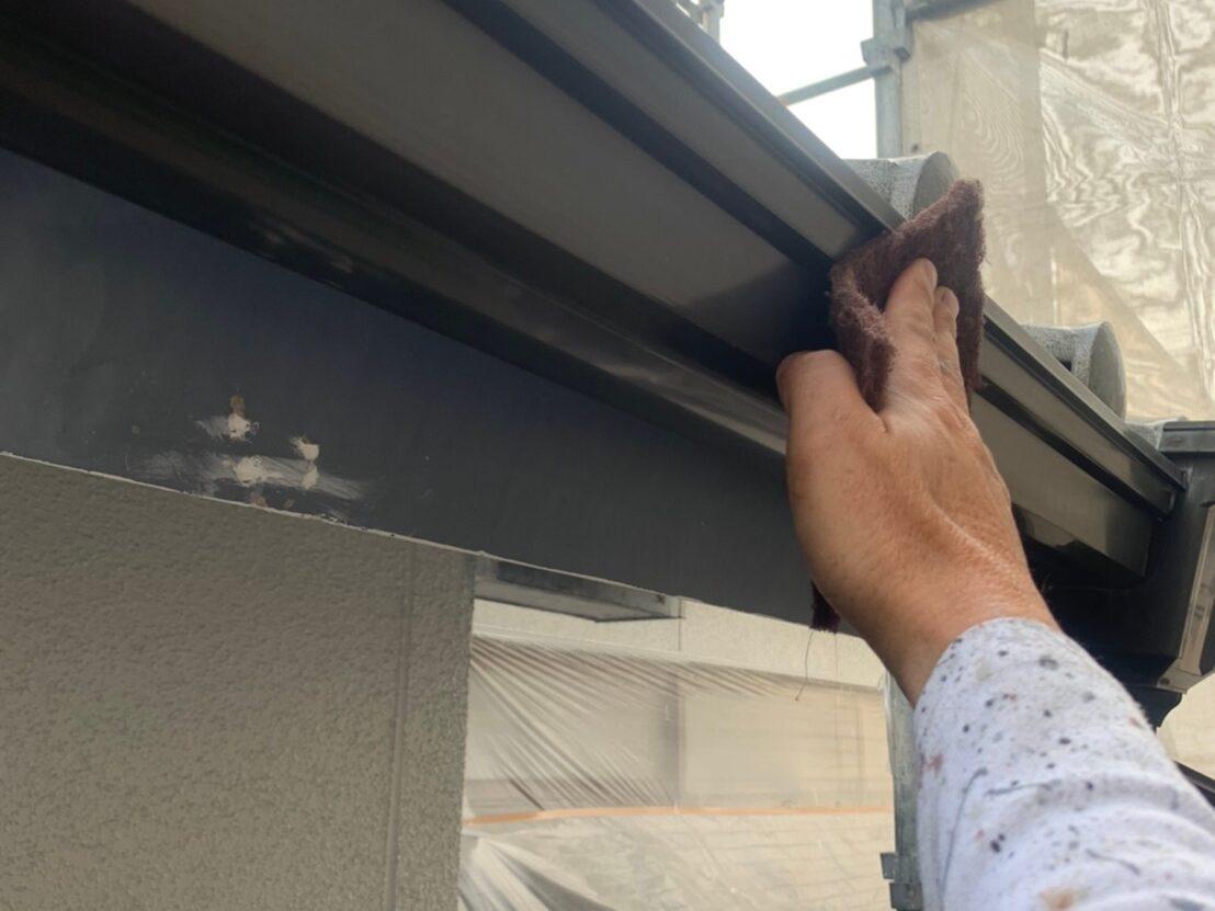 外壁塗装 佐賀 施工事例 付帯部 雨樋 塗装 下地処理 ケレン